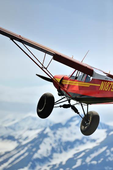Super Cub Bush Plane at Ultima Thule Lodge
