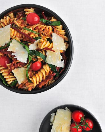 Fusilli with Spinach and Sun-Dried Tomato Pesto - recipe by Grace Parisi